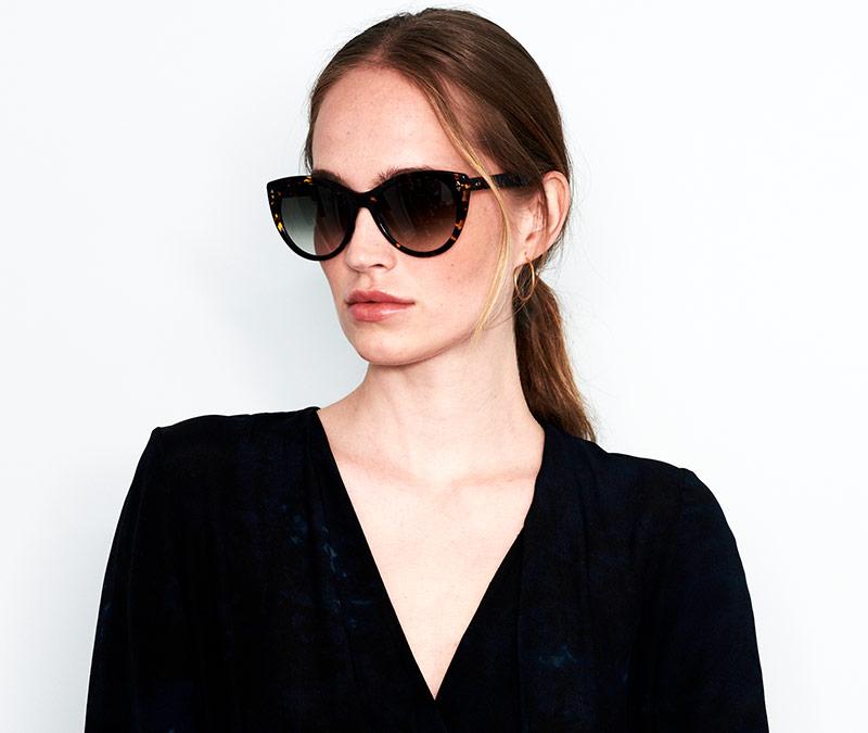 Alexis Amor Ava sunglasses in Caramel Havana Stripe