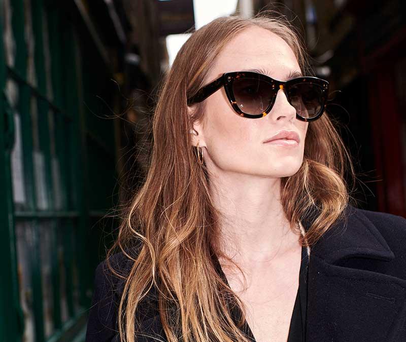 Alexis Amor Birdie X sunglasses in Amber Fleck