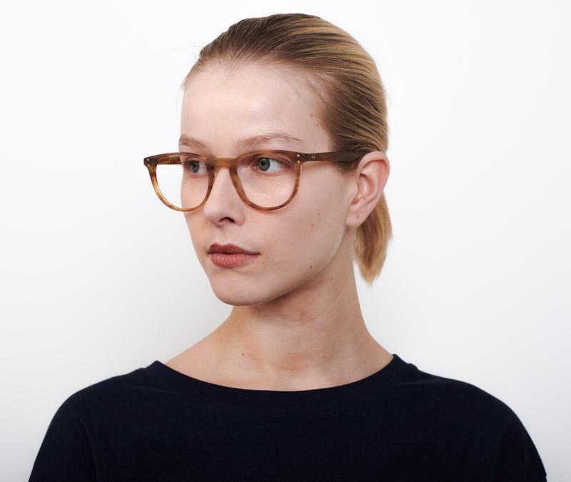 Alexis Amor Edie frames in Matte Havana Stripe