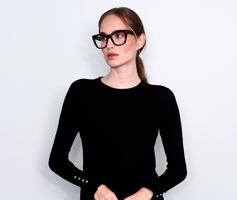 Alexis Amor Holly frames in Amber Fleck
