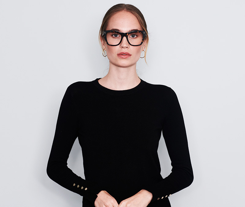 Alexis Amor Holly frames in Gloss Piano Black + Marble