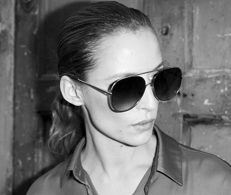 Alexis Amor Marley sunglasses in Mirror Silver Gloss Black