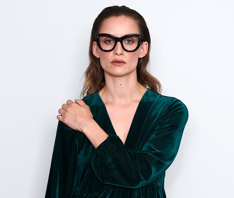 Alexis Amor Nathalie frames in Caramel Havana Stripe