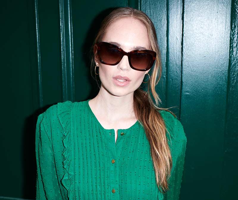 Alexis Amor Suki sunglasses in Turquoise Tortoise