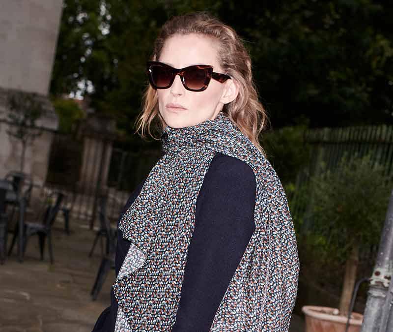 Alexis Amor Valentine sunglasses in Darkly Ice Grey